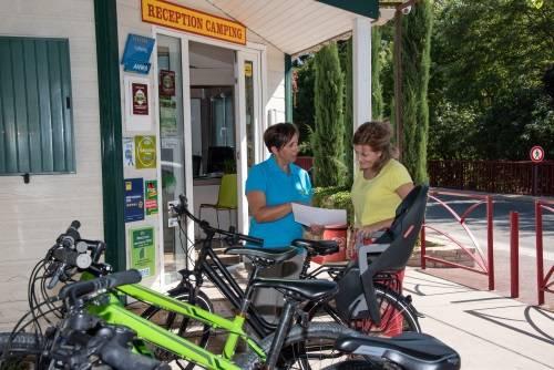 Fahrräder, Elektrofahrräder und Mountainbikes zum Ausleihen