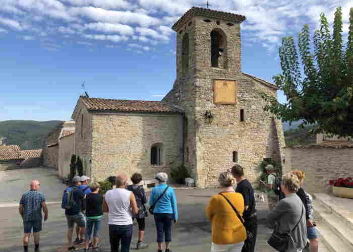 Dorf im Herzen des Drôme-Tals gelegen