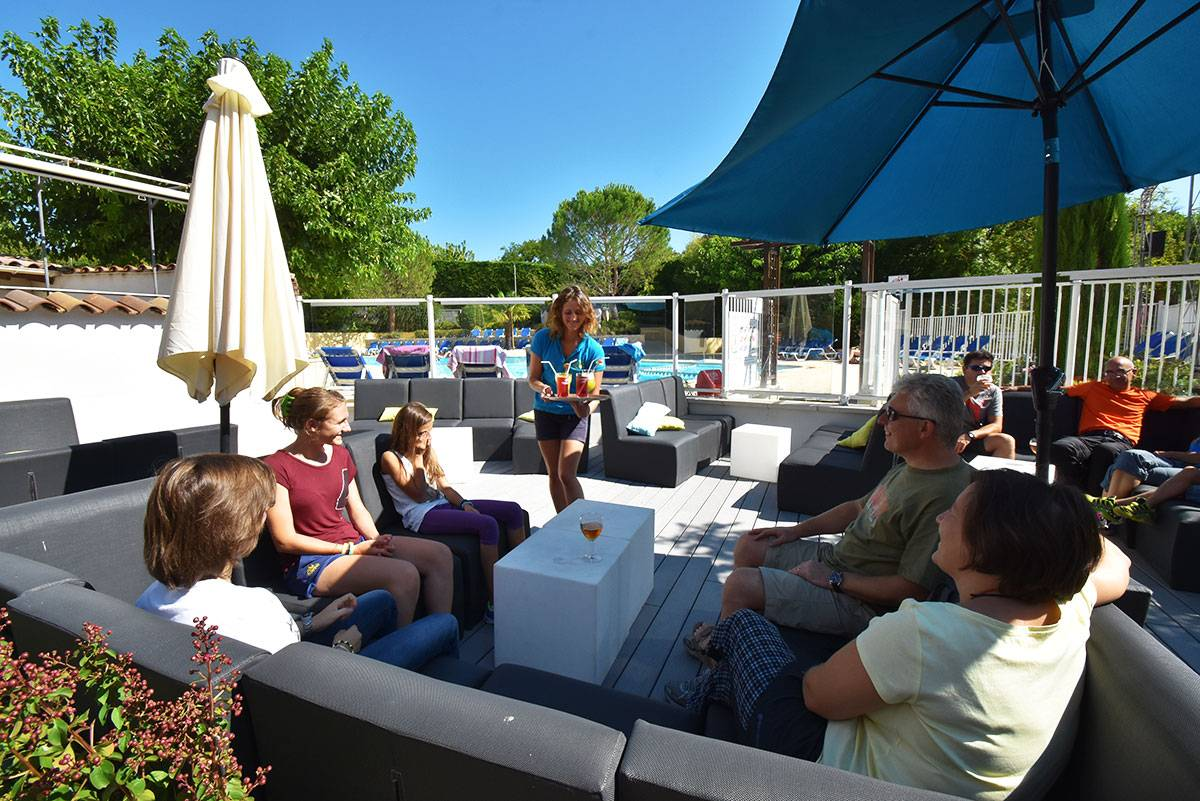 Enjoy this sharing time on the swimming pool terrace