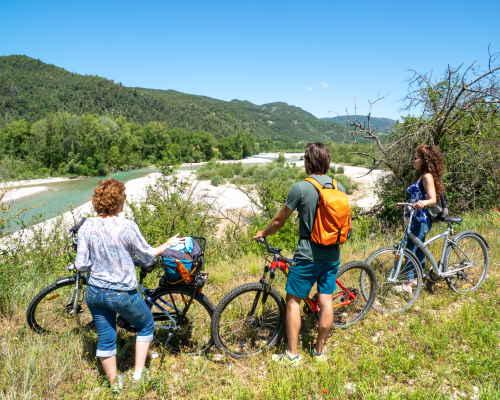 La VéloDrôme le long de la rivière