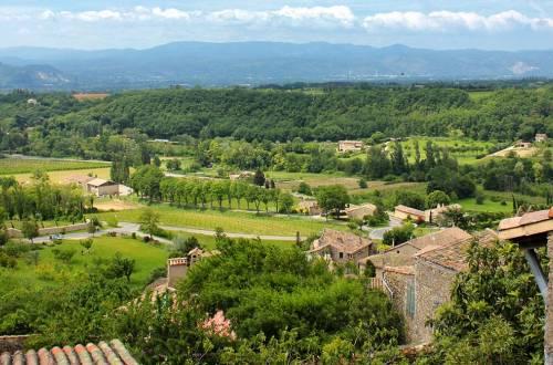 Mirabel et les villages perchés du Val de Drôme